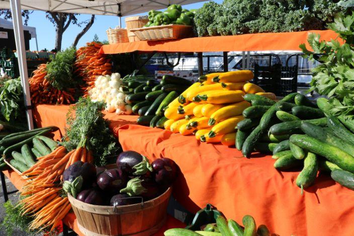 market farmstand 3.jpg